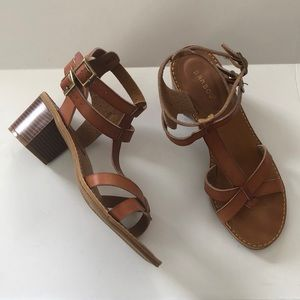 Bamboo brown ankle strap sandals, Sz 9